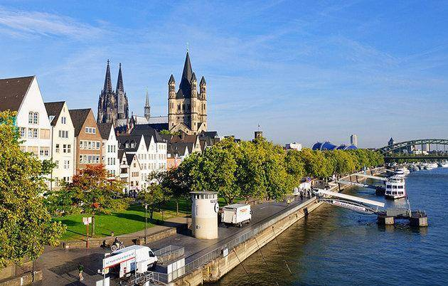 germany-cologne-old-town